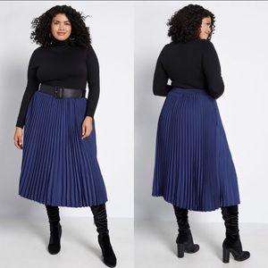 ModCloth | Blue Pleated Midi Skirt